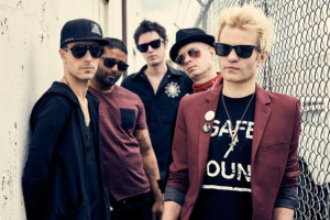 Dziesma: Sum 41 - Out For Blood